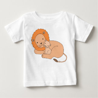 Lion & Cub T-shirt Cute Lion Dad and Baby T-shirt