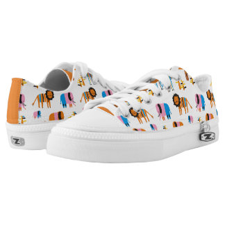 Lion, elephant with baby elephants, giraffe Low-Top sneakers