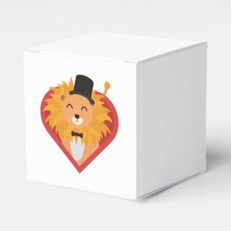 Lion with Hat in heart Zjrz1 Favor Box