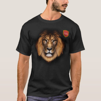 Lion with Springbok in his sights T-Shirt