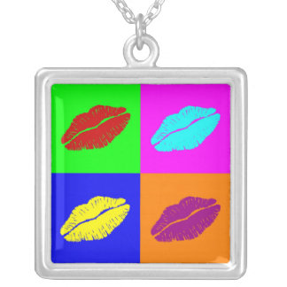 lips'  necklace