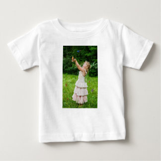 Little Girl Catching a Butterly Baby T-Shirt