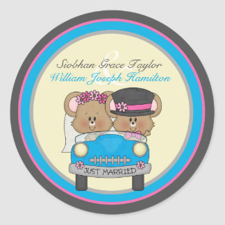 Little Mouse Bride and Groom Wedding Round Sticker