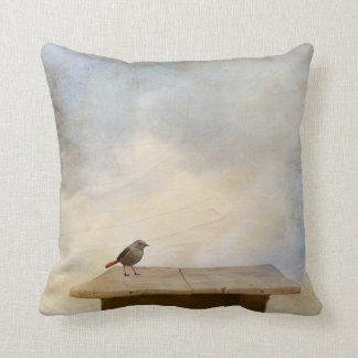 Little Sparrow visitor Throw Pillow