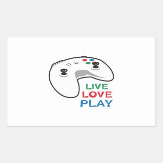 LIVE LOVE PLAY