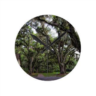 Live Oak Tree With Spanish Moss Wallclock