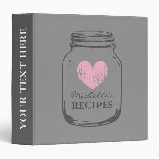 Livre gris et rose de classeur de recette de