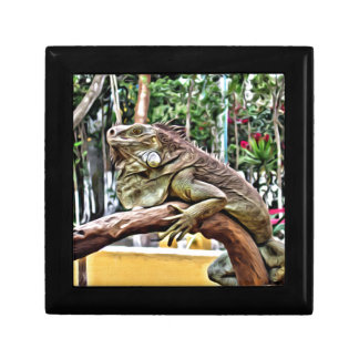 Lizard on a branch gift box