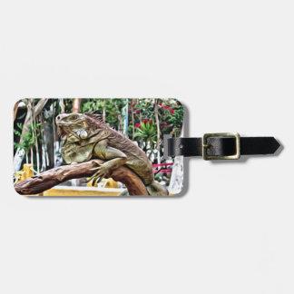 Lizard on a branch luggage tag