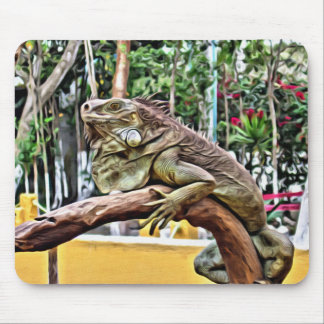 Lizard on a branch mouse pad