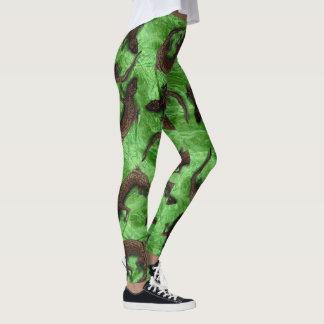 LIZARD PATTERN by Slipperywindow Leggings