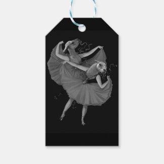 Llamas dancing gift tags