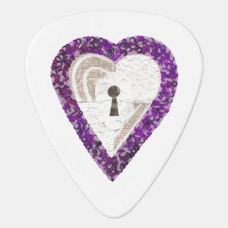 Locker Heart Guitar Pick