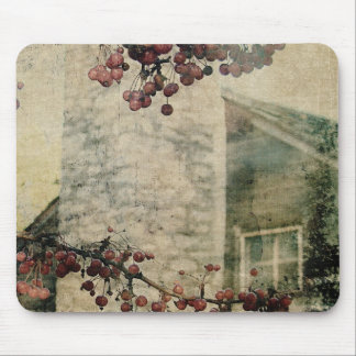 Log Cabin and Berries Grunge Mouse Pad