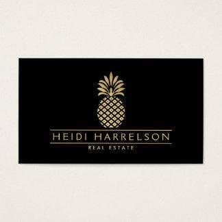 Logo d'or élégant d'ananas sur le noir cartes de visite