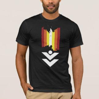 logo lines shirt