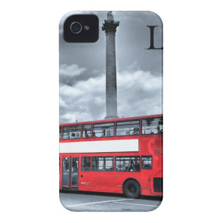 LONDON BUS in Black & White (St.K) iPhone 4 Case
