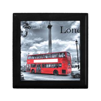 LONDON BUS in Black & White (St.K) Keepsake Box
