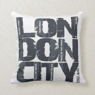 London, England Typography Throw Pillow