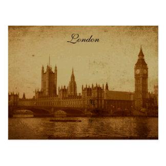 London River Thames and Parliament Postcard