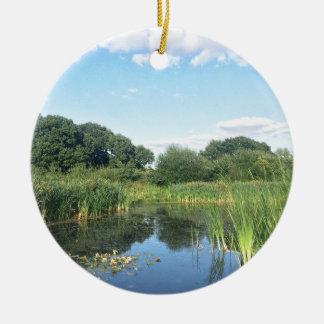 London - UK Pond Ceramic Ornament