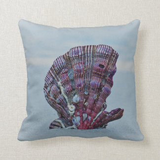 Lonely Scallop Throw Pillow