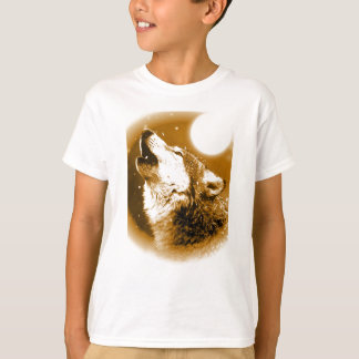 Lonely Wolf Howling at Moon T-Shirt