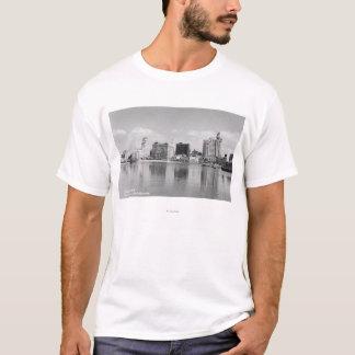 Long Beach, California City Skyline View T-Shirt