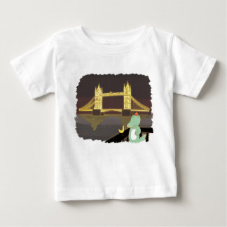 Lonson bridge, cute animals illustration baby T-Shirt