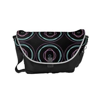 Look At Me Circles - Messenger bag