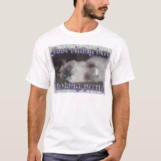 Looking pretty! T-Shirt