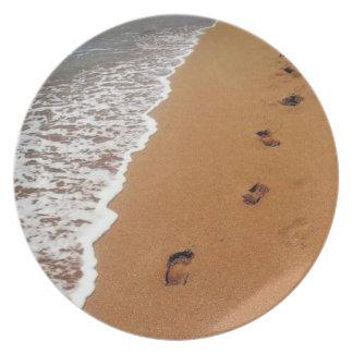 Lost Footprints Plate