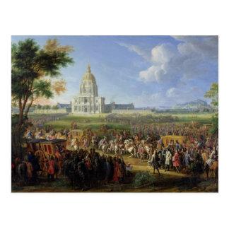 Louis XIV his Entourage Visiting Les Invalides Postcard