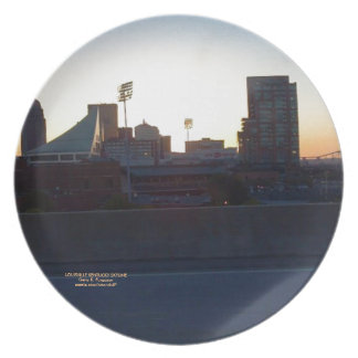 """LOUISVILLE, KENTUCKY CITY SKYLINIE SCENE"" PLATE"