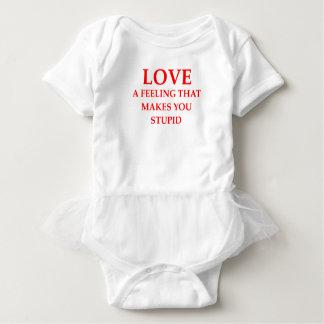 LOVE BABY BODYSUIT