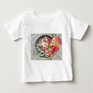 Love canada filigree fractal baby T-Shirt