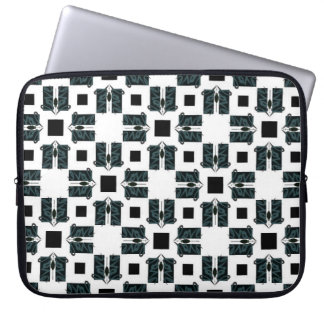 Love design pattern laptop sleeve