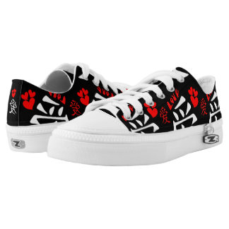 Love/Hearts/Sign (Japanese Calligraphy) Low-Top Sneakers