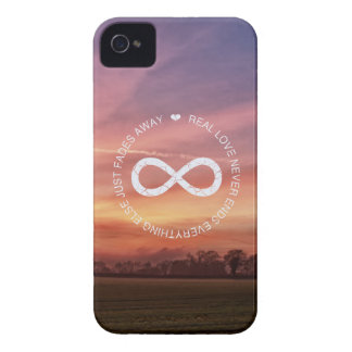 Love Infinity pink sunset iPhone 4 Cover