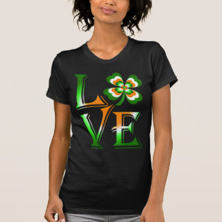 Love Ireland  clover T-Shirt