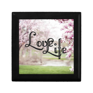 Love Life Gift Box