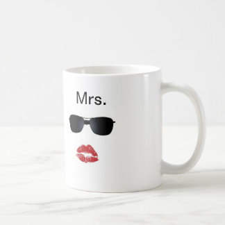 Love Lip Mugs