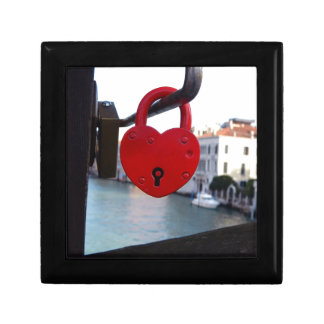 love lock in venice gift box