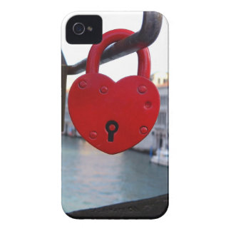 love lock in venice iPhone 4 Case-Mate case