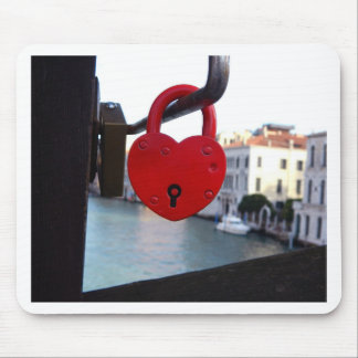love lock in venice mouse pad