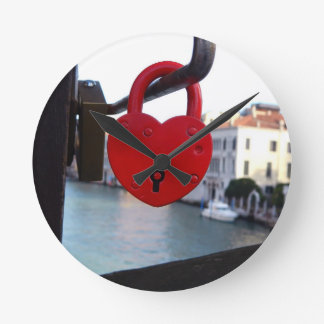 love lock in venice round clock