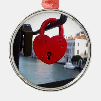 love lock in venice Silver-Colored round ornament