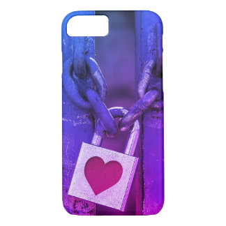 Love Lock Street Art iPhone 8/7 Case