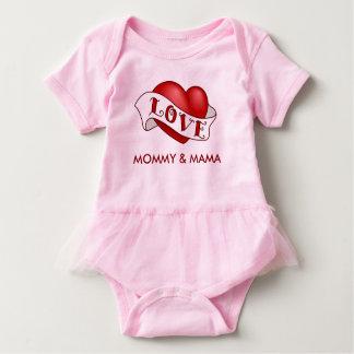 Love Mommy & Mama Baby Bodysuit