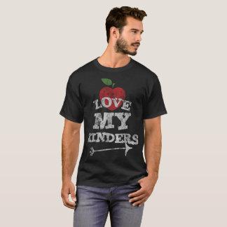 Love My Kinders Cute Kindergarten Teacher Distress T-Shirt